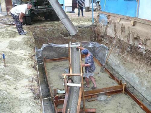 Как сделать желоб для бетона своими 556